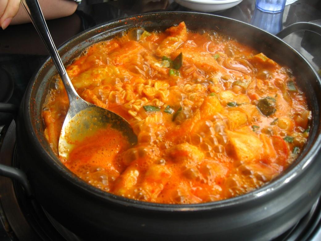 Stirring the tteok dish